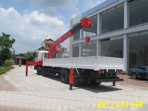 hd320 gắn cẩu kanglim 10 tấn