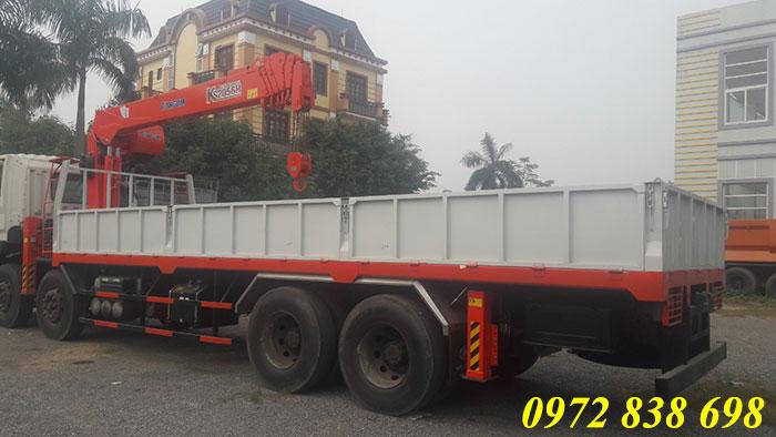 hyundai hd320 gắn cẩu kanglim 7 tấn ks2056