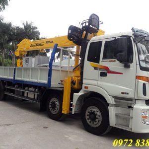 thaco auman c300 gắn cẩu soosan 12 tấn