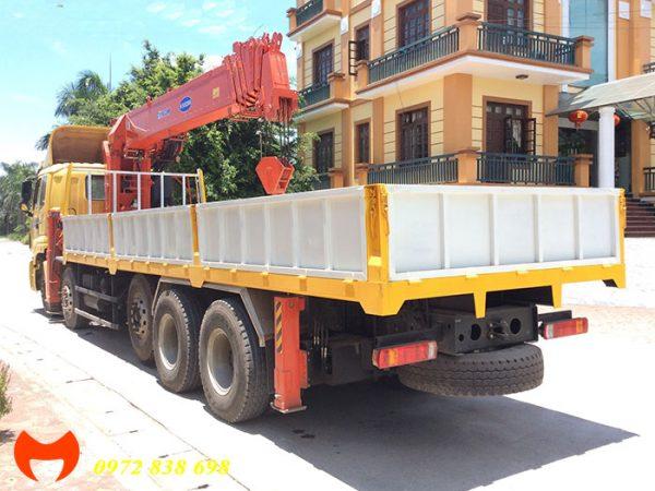 thaco auman 5 chân gắn cẩu 15 tấn kanglim
