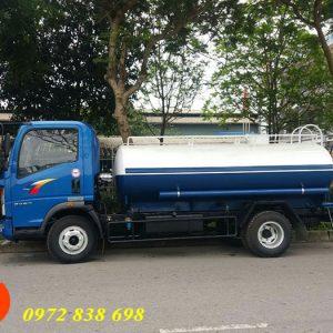 xe phun nước rửa đường 6 khối howo sinotruk