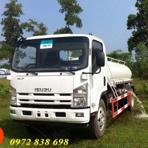 xe phun nước rửa đường isuzu 6 khối