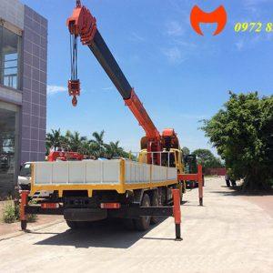 xe tải auman 5 chân gắn cẩu kanglim 15 tấn