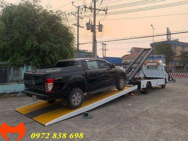 xe cứu hộ isuzu 2.5 tấn sàn trượt sát mặt đất