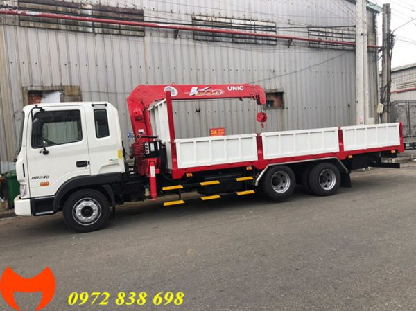 xe tải hyundai hd240 gắn cẩu unic 3 tấn